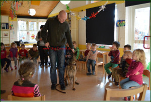 Schule Antik Kindergarten demonstartion